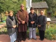Su co Hue Huong and sister visiting